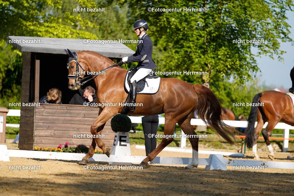L_Foto-Production_Giesenbach2019_Starter121_Jennifer-Hindrichs_Desteny