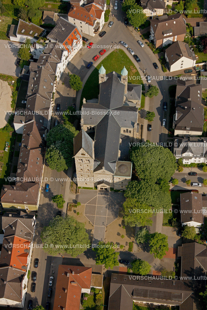RE11046330 | Paulusstrasse, Pauluskirche, ehemalige Kollegschule,  Recklinghausen, Ruhrgebiet, Nordrhein-Westfalen, Germany, Europa