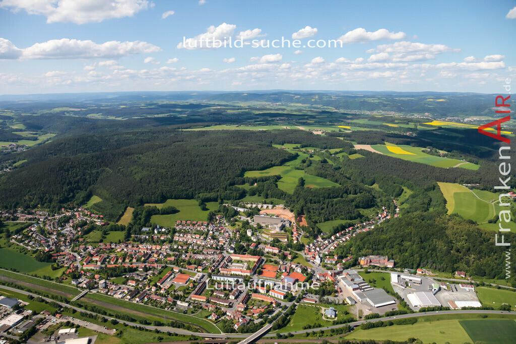 plassenburg-kulmbach-2009-12 | Luftbild von Plassenburg Kulmbach - Luftaufnahme wurde 2009 von https://frankenair.de mittels Flugzeug (keine Drohne) erstellt - die Geschenkidee