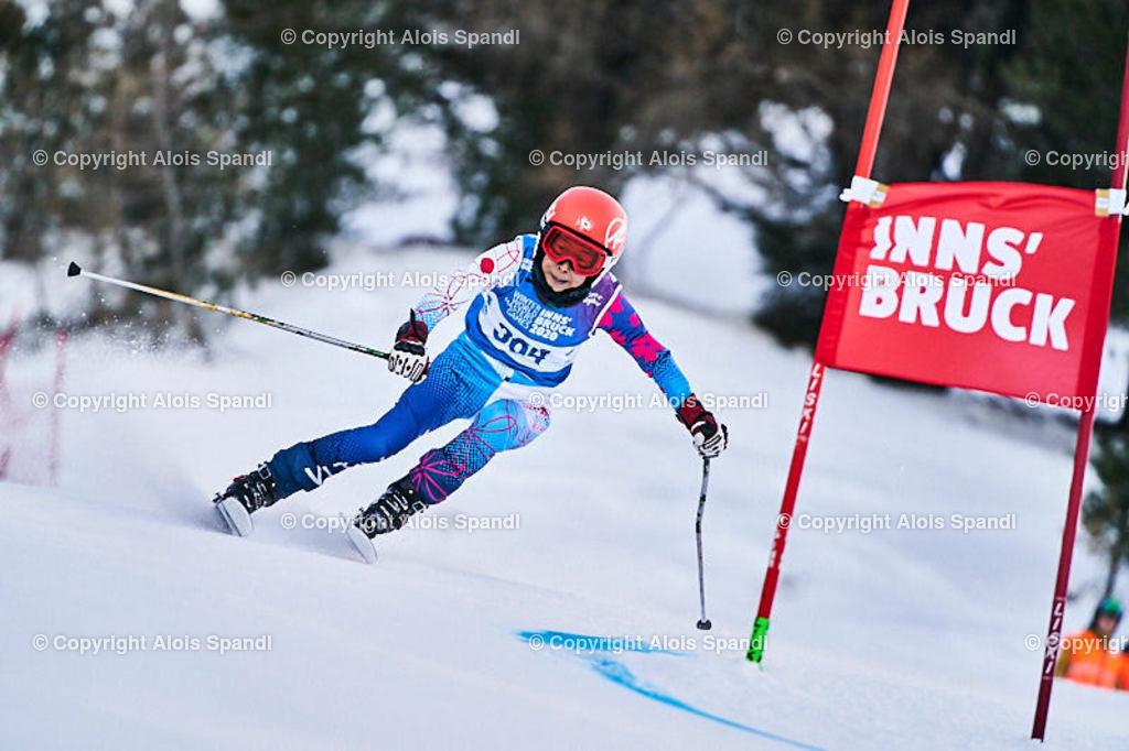 ALS5472_WWMG_GS-II_C | (C) FotoLois.com, Alois Spandl, WinterWorldMastersGames 2020 Innsbruck, Giant Slalom-II Gruppe C Damen, Patscherkofel Olympiaabfahrt, Mi 15. Jänner 2020.