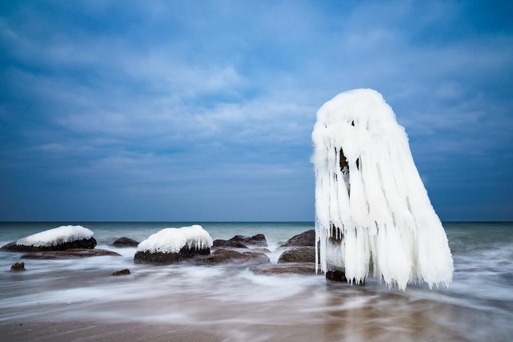 Winter an der Küste der Ostsee bei Kühlungsborn   Winter an der Küste der Ostsee bei Kühlungsborn.