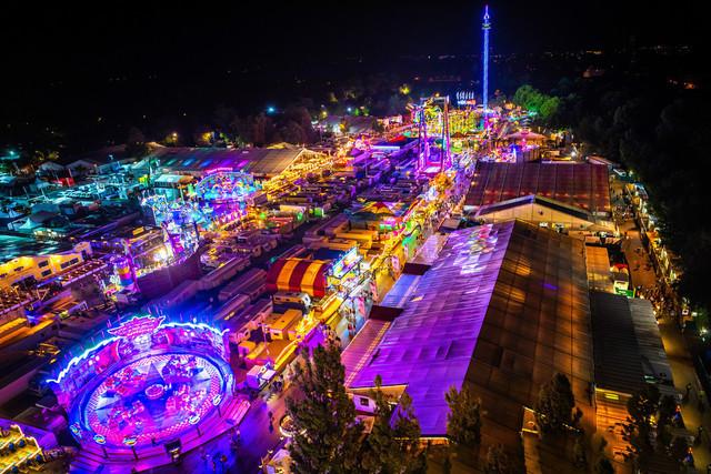 Volksfest Straubing bei Nacht