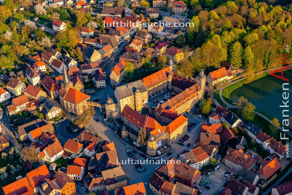 schloss-thurnau-18-217 | aktuelles Luftbild von Schloss Thurnau - Luftaufnahme wurde 2018 von https://frankenair.de mittels Flugzeug (keine Drohne) erstellt.