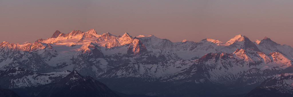 Swiss Alps | The first light touching the swiss alps mountains