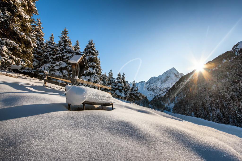 Winter in Lüsens | Lüsens mit Blick zum Lüsener Fernerkogel