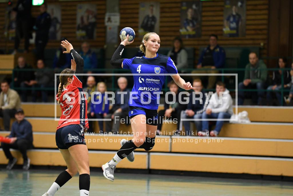 Handball I Bundesliga-Quali (wjA) I  Buxtehuder SV (wjA)- SG Hamburg-Nord I 11.10.2020_00049   Wurf durch Jasmina Ruehl (#4, Buxtehuder SV (wjA)); Jugend Bundesliga (wjA) I Buxtehuder SV (wjA)- SG Hamburg-Nord am 11.10.2020 in Buxtehude  (Sporthalle Kurt-Schuhmacher Strasse), Deutschland