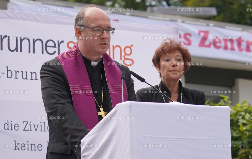 Rupert Graf zu Stolberg und Barbara Kittelberger während der Gedenkveranstaltung zum 10-jährigen Todestag Dominik Brunners