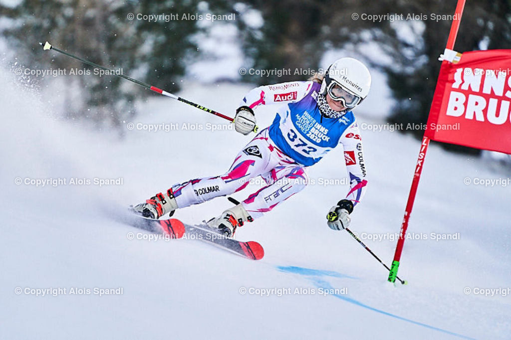 ALS5516_WWMG_GS-II_C   (C) FotoLois.com, Alois Spandl, WinterWorldMastersGames 2020 Innsbruck, Giant Slalom-II Gruppe C Damen, Patscherkofel Olympiaabfahrt, Mi 15. Jänner 2020.