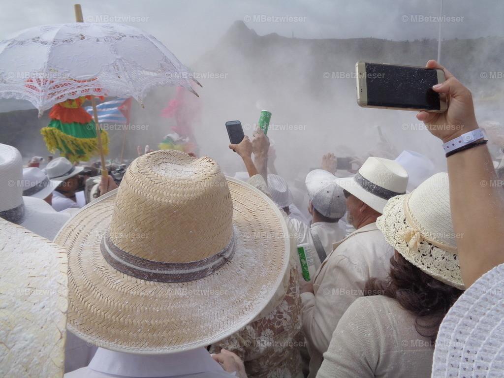 DSC00852   Eingeschränkte Sicht - Dia de Los Indianos