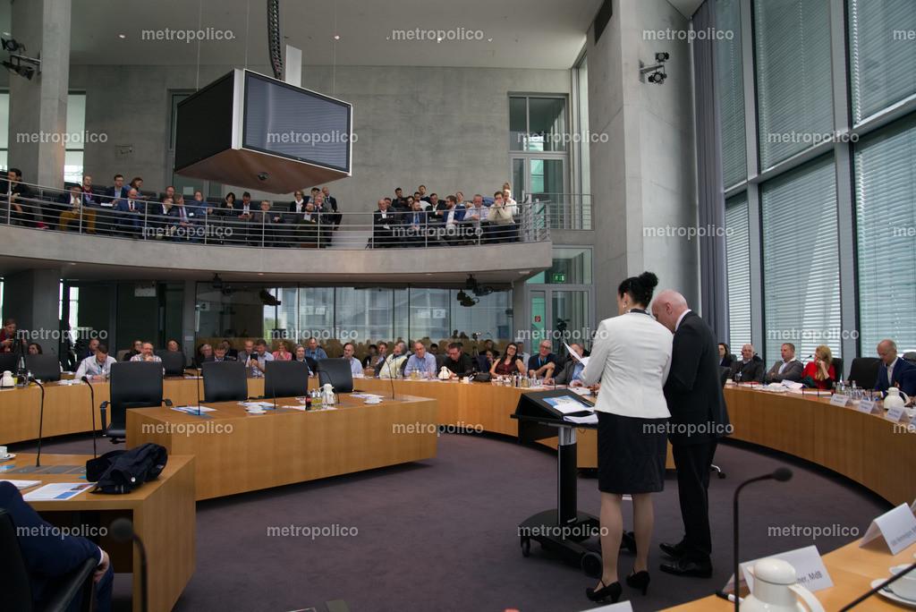 Medienkonferenz Bundestag Plenum Saal freie alternative Medien bei der AfD Fraktion am 10. Mai 2019 im Bundestag (7)