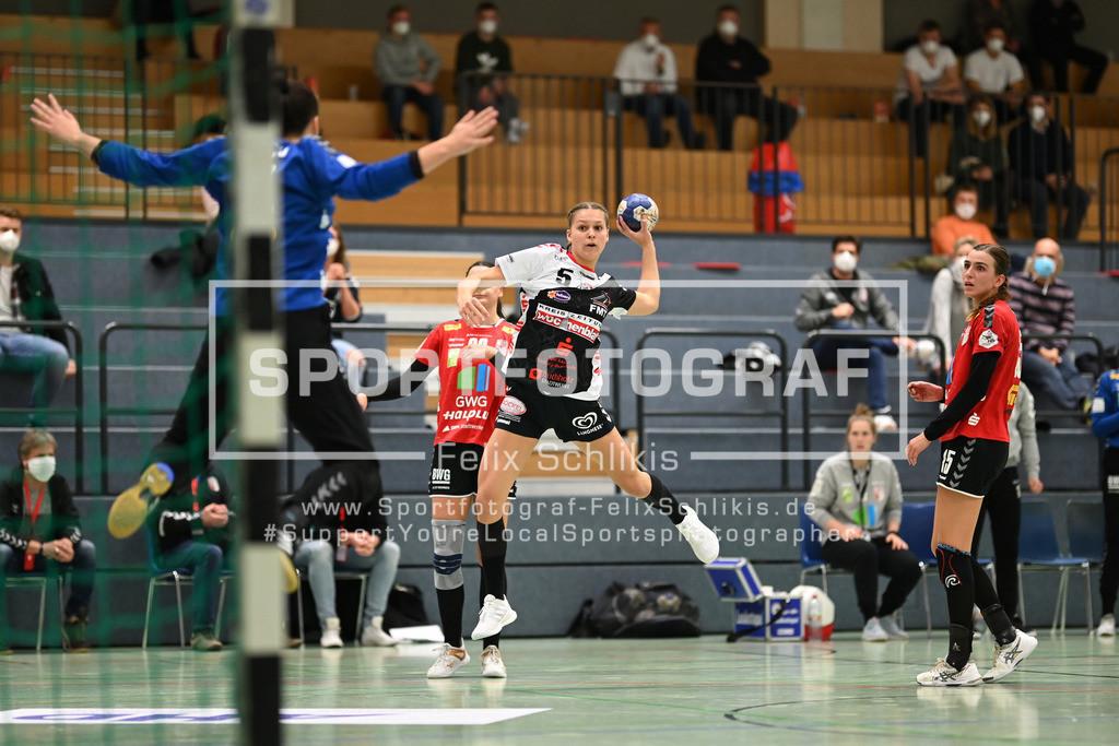 Handball I 1. HBF I HL Buchholz 08-Rosengarten - SV Union Halle-Neustadt Wildcats I 31.10.2020_00106 | Wurf durch Maj Nielsen (#5, HL Buchholz 08-Rosengarten); 1. HBF I HL Buchholz 08-Rosengarten - SV Union Halle-Neustadt Wildcats am 31.10.2020 in Buchholz  (Nordheidehalle), Deutschland