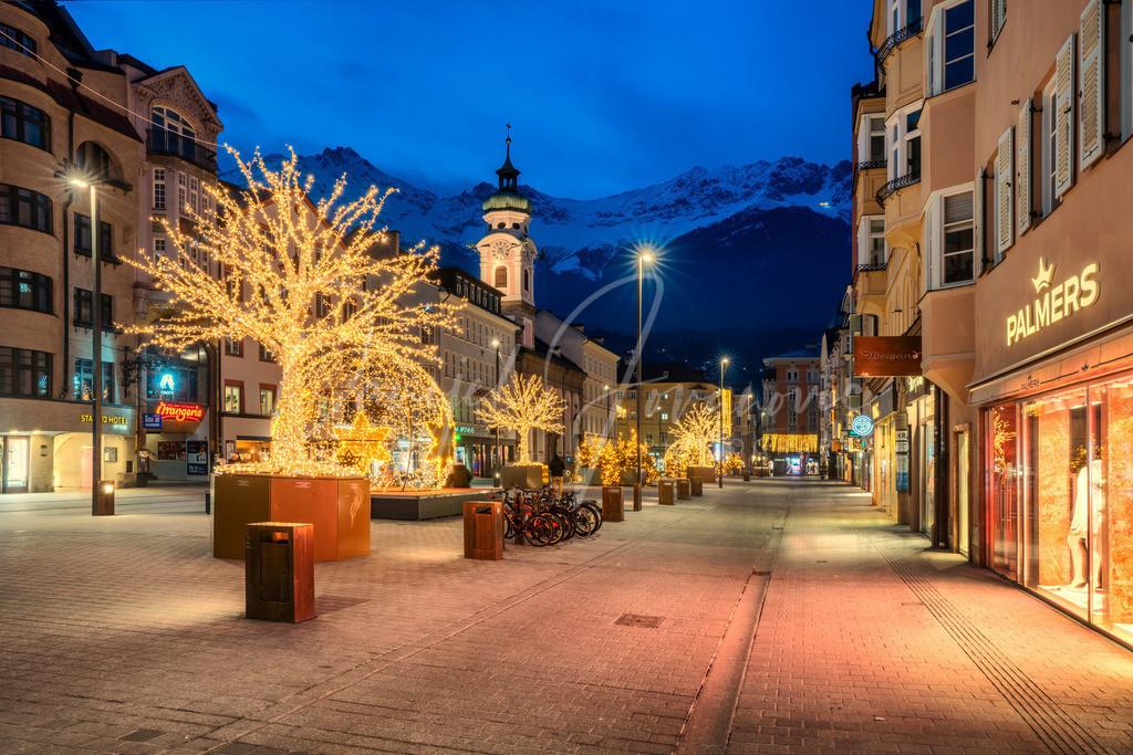 Innsbruck | Blick von der Maria-Theresien-Straße auf die Nordkette