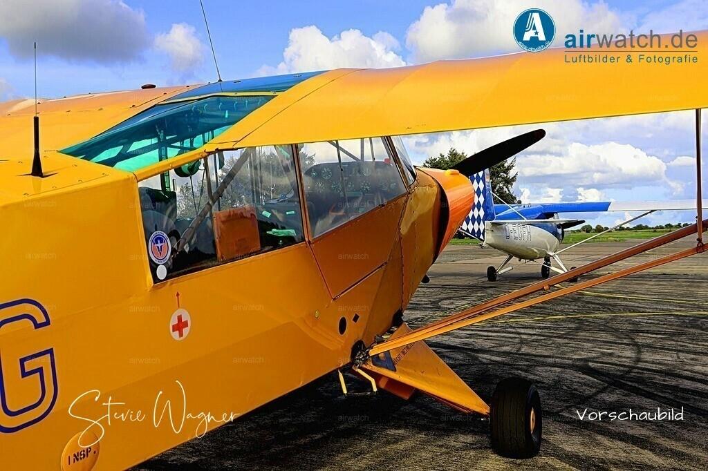 Flughafen Husum, Piper L 18 | Flughafen Husum, Piper L 18 • max. 6240 x 4160 pix