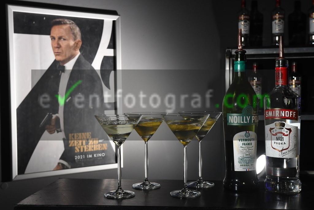 """BOND_Fanscreeening-Koeln_2809.JPG105   Bond Fanscreening """"Keine Zeit zu sterben"""" im Koelner Cinedom 28.09.2021 Foto eventfotograf.com"""