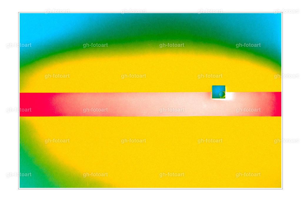 RUG04259-LR-thebiginverter-metallic-warmbw-summer_1971-tiefen-lichter-optimiert-Arbeitsbereich vergrößert-grauen rahmen 3px