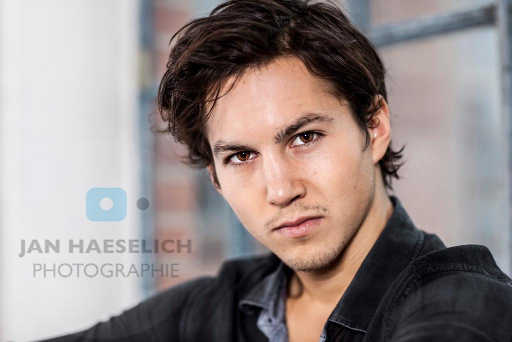 Tim Oliver Schultz   Tim Oliver Schultz beim Fototermin in Hamburg zur 7. Staffel