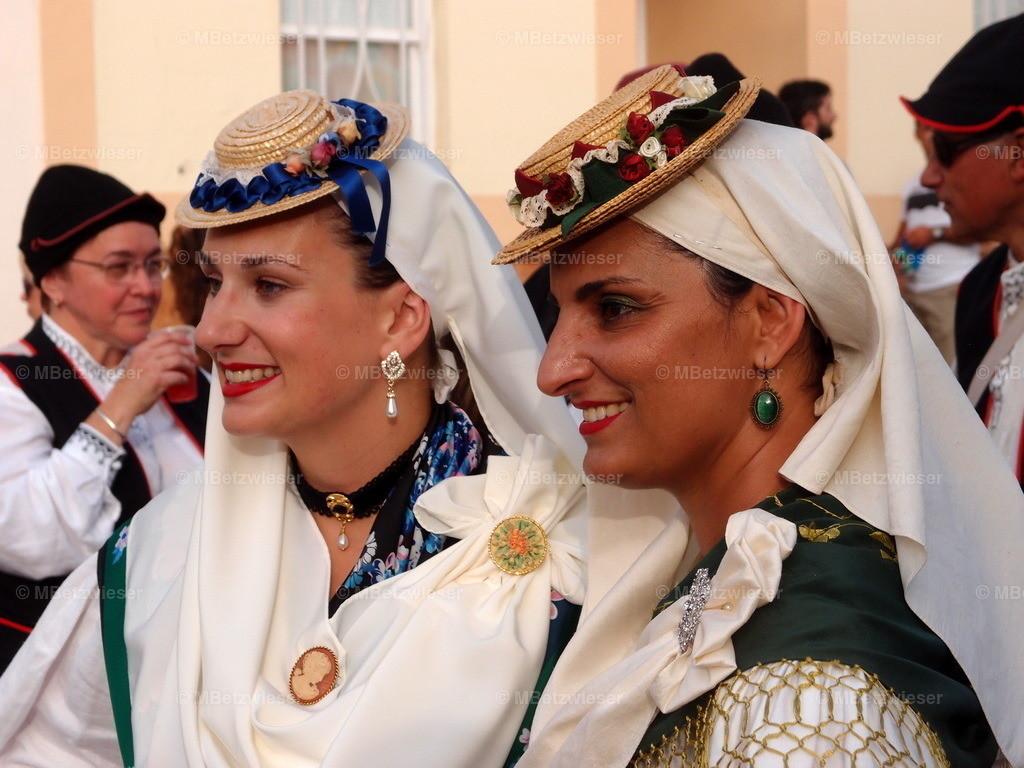 P8246324 | Folklore in El Socorro