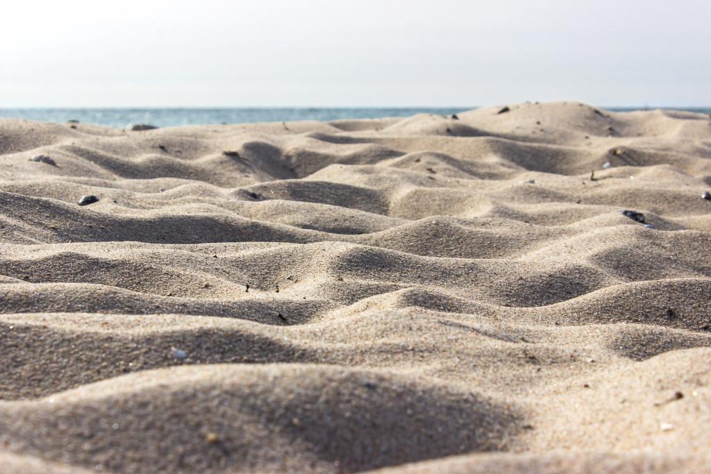 Sommer am Meer | Sandstrand in Weidefeld im Frühling