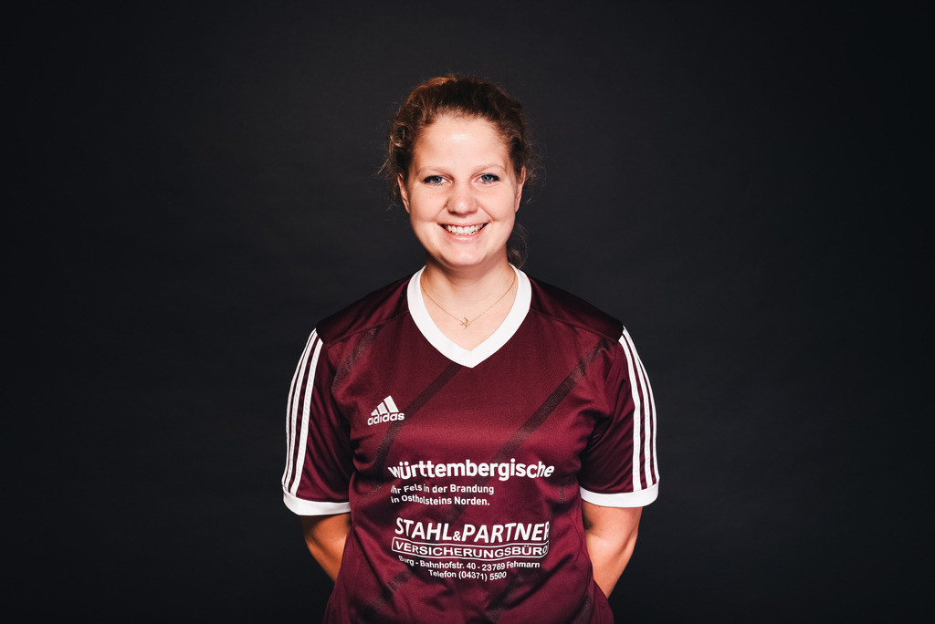 1. Frauen Spielerinnenportraits Saison 19-20_20 | TSV Lensahn Mannschafts- und Portraitshooting Saison 2019/2020 am 14.07.2019 in Lensahn, Jahnstadion, Deutschland, Photo: Felix Schlikis 2019