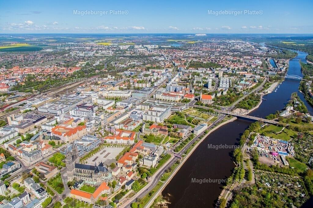 Luftbild Magdeburg Mitte Dom Hundertwasser IMG_2179