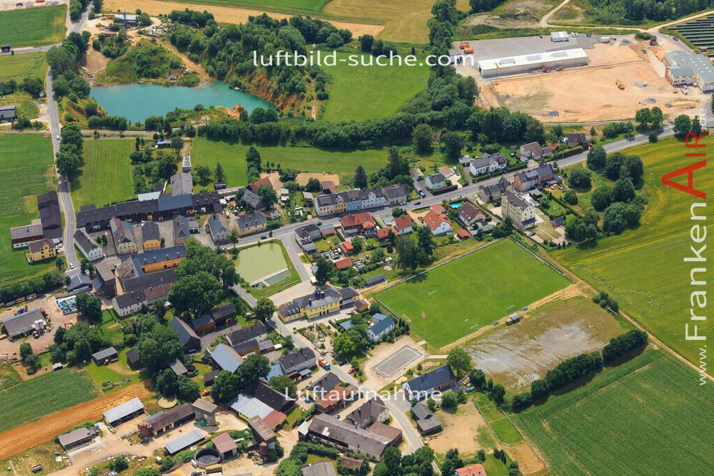 luftbild-wunsiedel-2016-7141   Luftbild von  Wunsiedel - Luftaufnahme wurde 2016 von https://frankenair.de mittels Flugzeug (keine Drohne) erstellt - die Geschenkidee