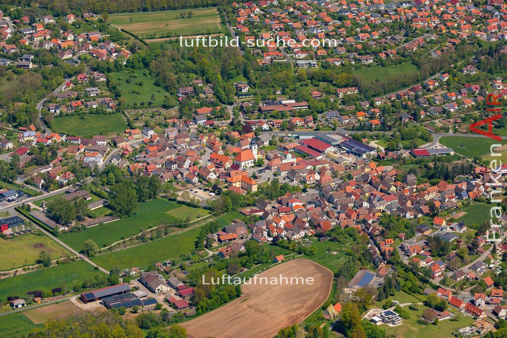 burghaslach-19-221 | aktuelles Luftbild von  Burghaslach  - Luftaufnahme wurde 2019 von https://frankenair.de mittels Flugzeug (keine Drohne) erstellt.