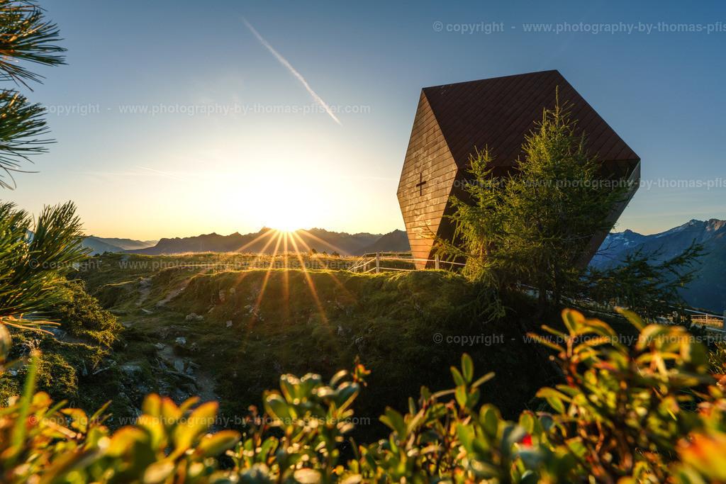 Granatkapelle Penken im ersten Sonnenlicht