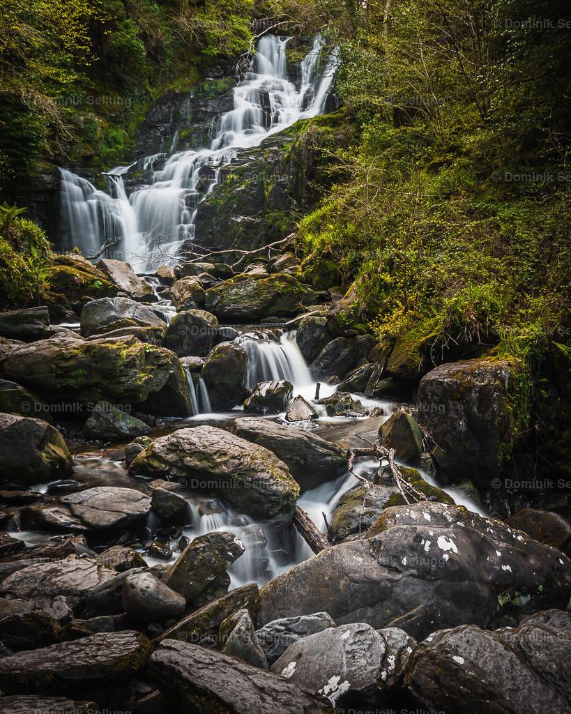 Gorey | Fall des Wassers über Steine