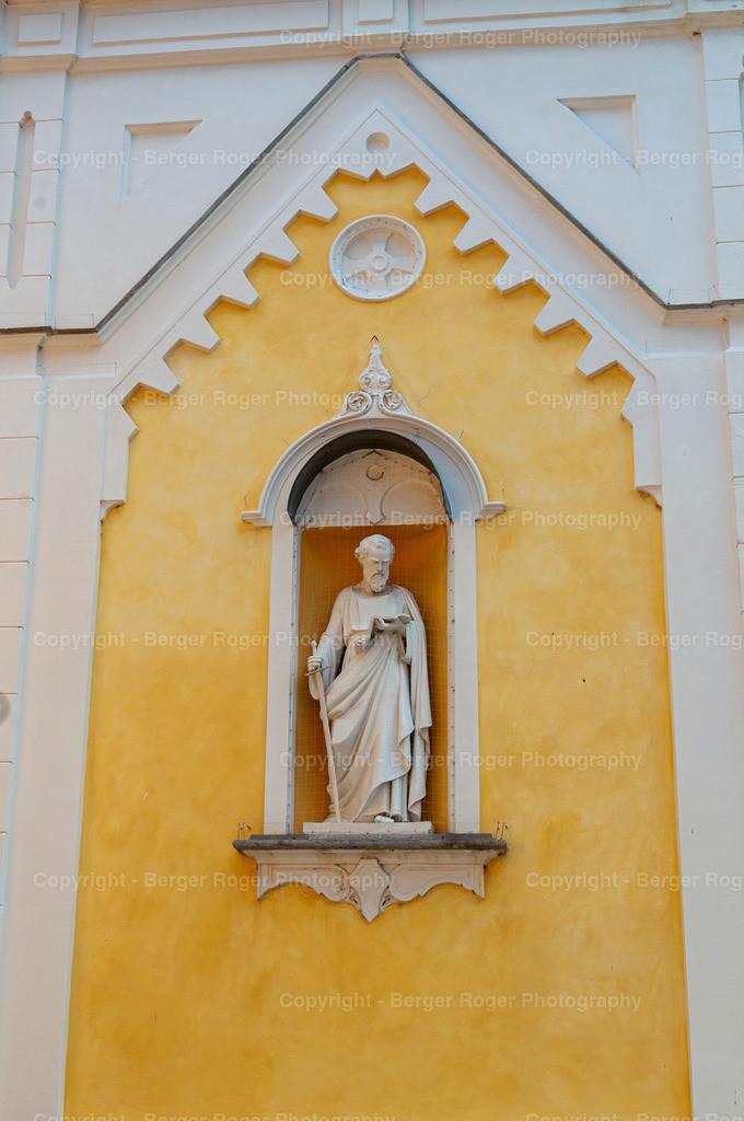 Statue Heiliger 2   Bildmaterial für Fotografen, Webdesigner und Grafikdesigner zum weiterverarbeiten