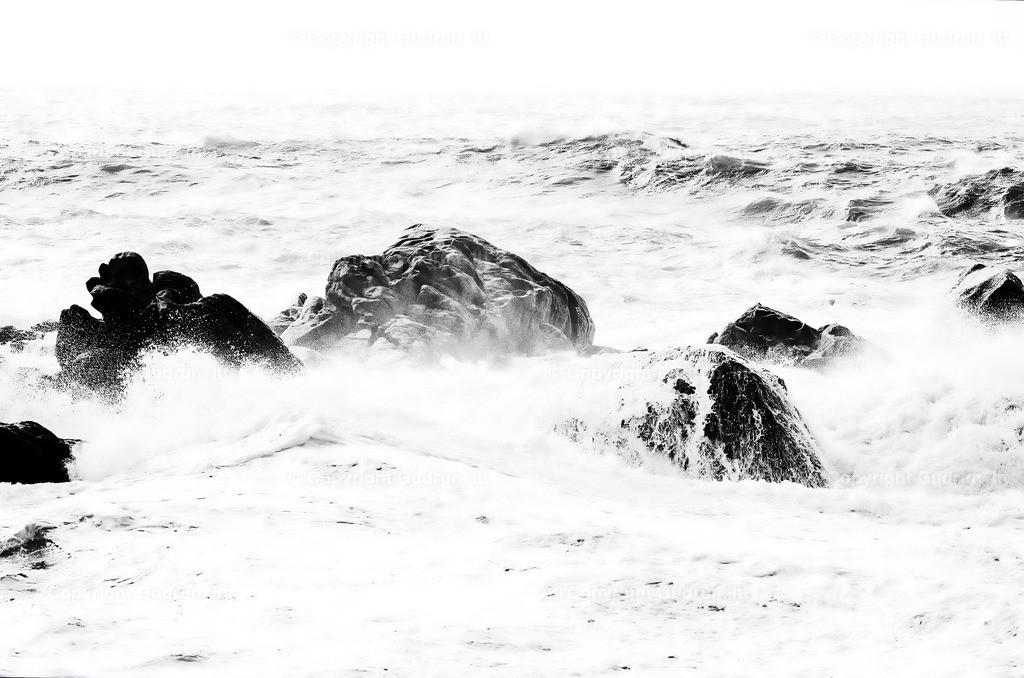 Wellen II | Landschaftsfotografie am Meer, Felsen am Atlantik in der Bretagne