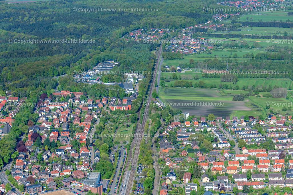 Buxtehude Bahnhof Baugebiet_ELS_7503020518 | Buxtehude - Aufnahmedatum: 02.05.2018, Aufnahmehöhe: 400 m, Koordinaten: N53°28.152' - E9°42.364', Bildgröße: 8256 x  5504 Pixel - Copyright 2018 by Martin Elsen, Kontakt: Tel.: +49 157 74581206, E-Mail: info@schoenes-foto.de  Schlagwörter:Niedersachsen,Luftbild, Luftbilder, Deutschland