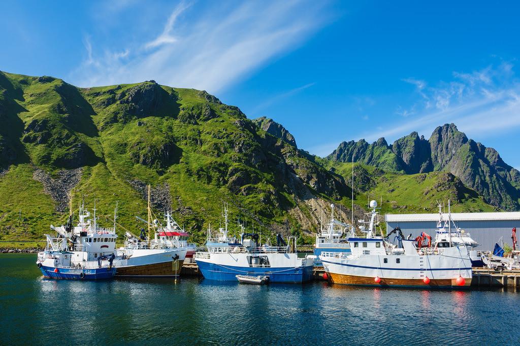 Fischerboote auf den Lofoten in Norwegen   Fischerboote auf den Lofoten in Norwegen.