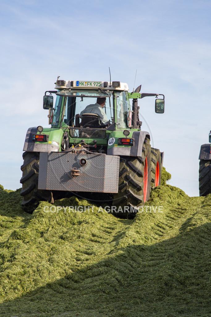 20150511-IMG_1573   Gras silieren - AGRARMOTIVE Bilder aus der Landwirtschaft
