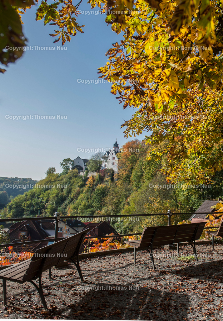 Bensheim_Schoenberg_Schloss_2 | Bensheim,Schmuckbild.Schoenberg, Stadtmagazin 39, Herbstrausch,Herbstfaerbung,Herbst, Blick auf das Schloss, ,,Bild: Thomas Neu