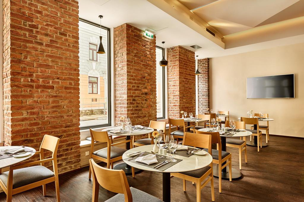 restaurant-ala-cart-04-hplus-hotel-wien