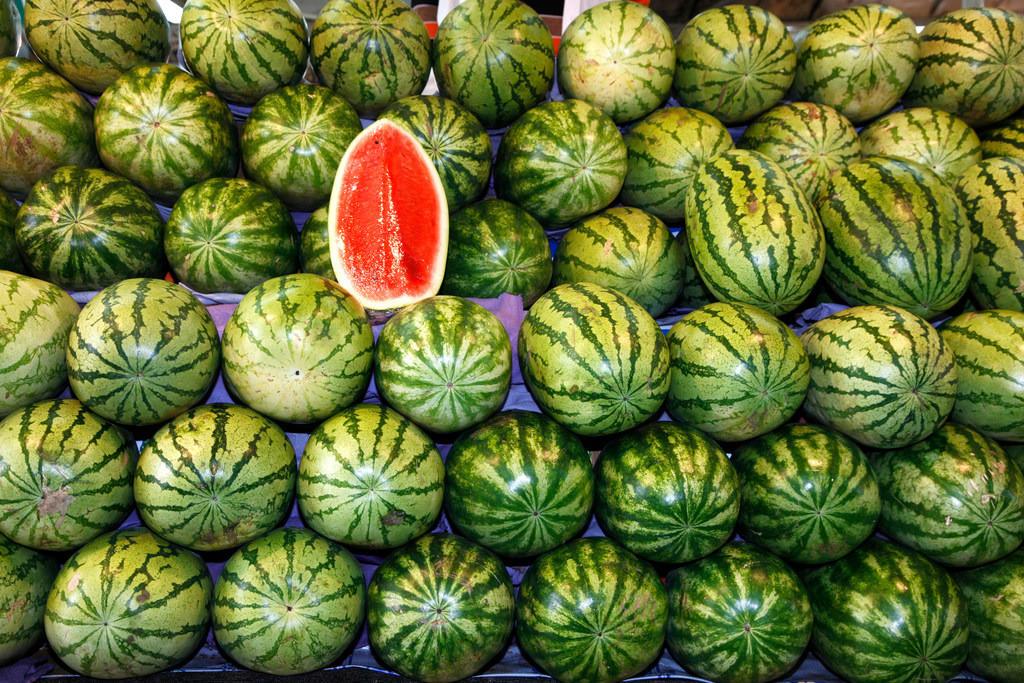 Dubai Fischmarkt | Markt, Obst, Melonen, grün, rot,