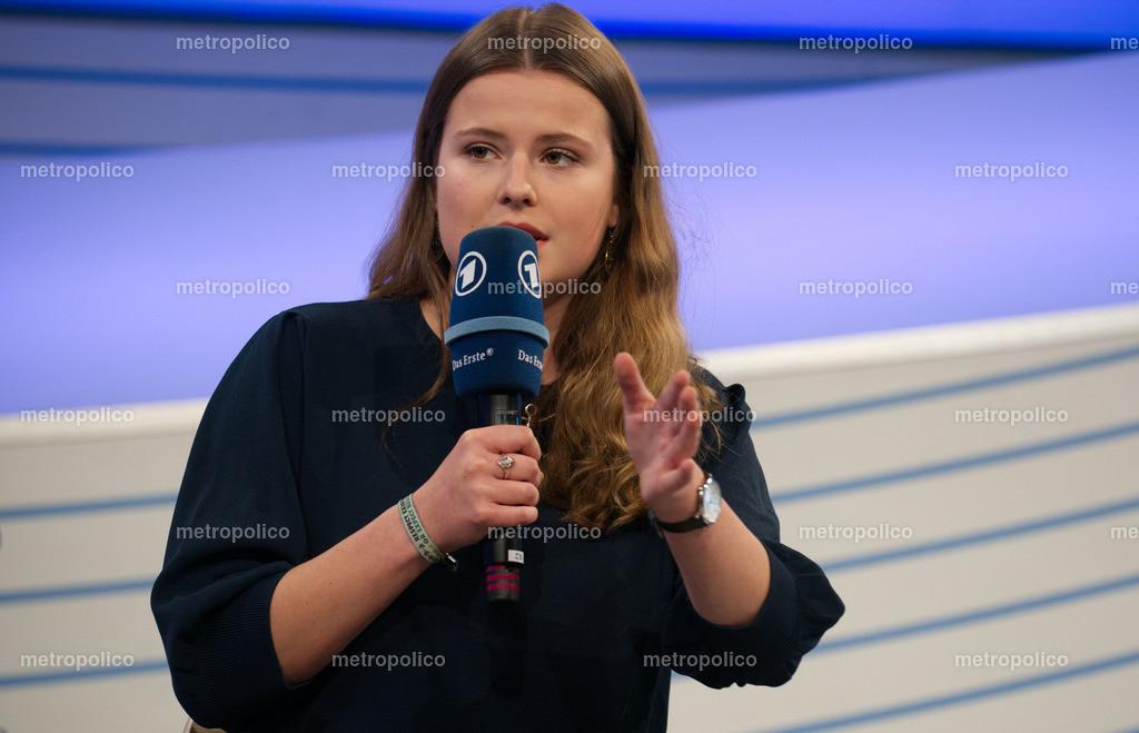 Luisa Neubauer (13)