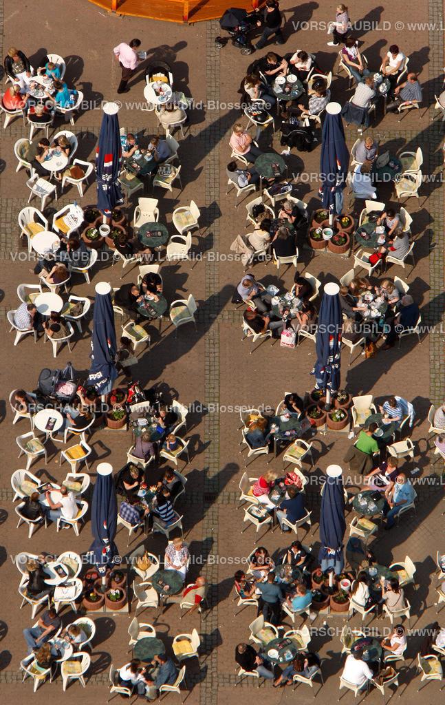 RE11046309 | Sommer, sonne, Kaffeetrinken auf dem Loehrhof,  Recklinghausen, Ruhrgebiet, Nordrhein-Westfalen, Germany, Europa