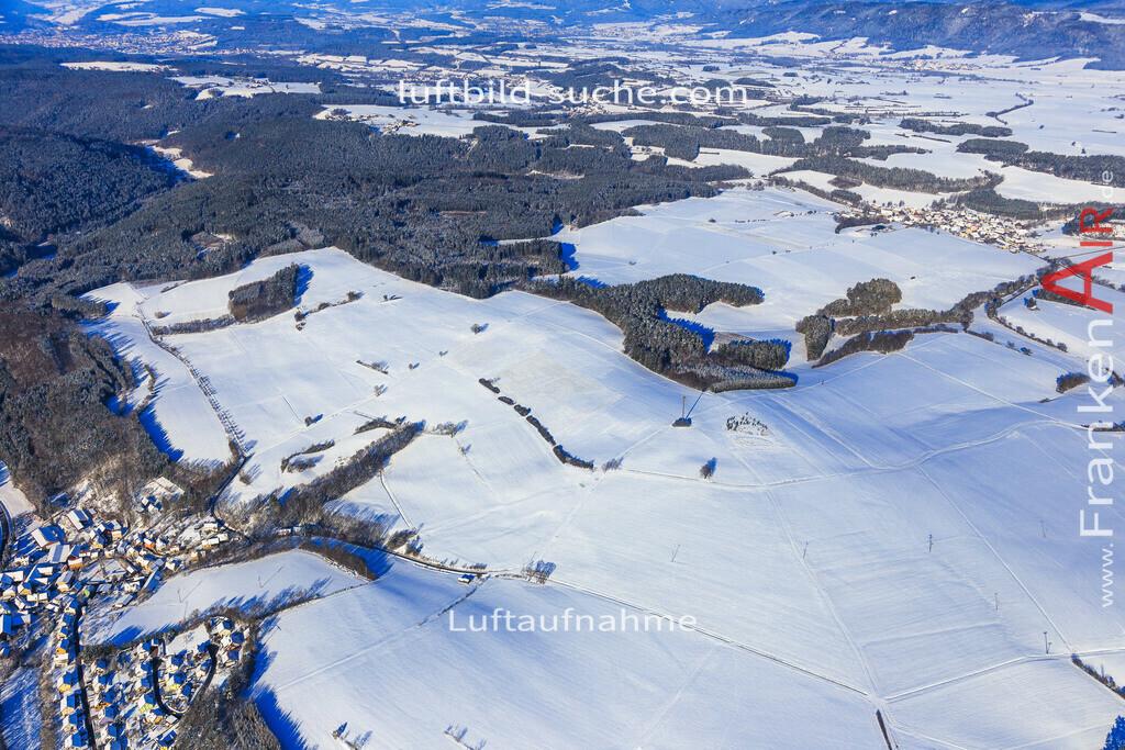 kirchleus-kulmbach-2016-5967 | Luftbild von Kirchleus Kulmbach - Luftaufnahme wurde 2016 von https://frankenair.de mittels Flugzeug (keine Drohne) erstellt - die Geschenkidee