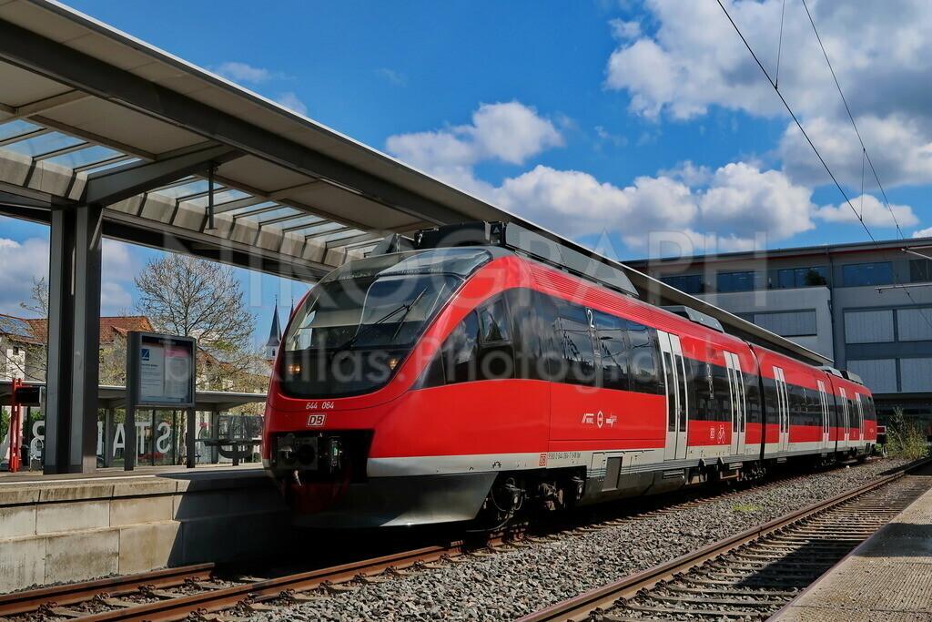 Stadtbahnhof Iserlohn | Ein Regionalzug der Ardeybahn am Stadtbahnhof von Iserlohn. Die Ardeybahn verbindet Iserlohn mit Dortmund.