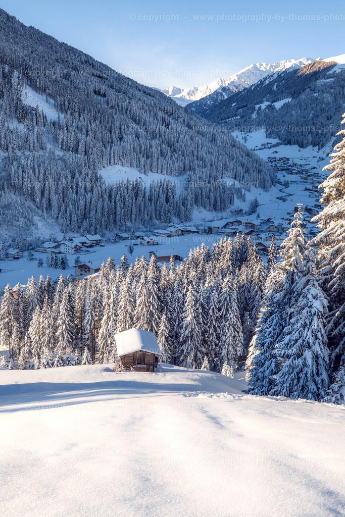 Winter in Vorderlanersbach am Morgen