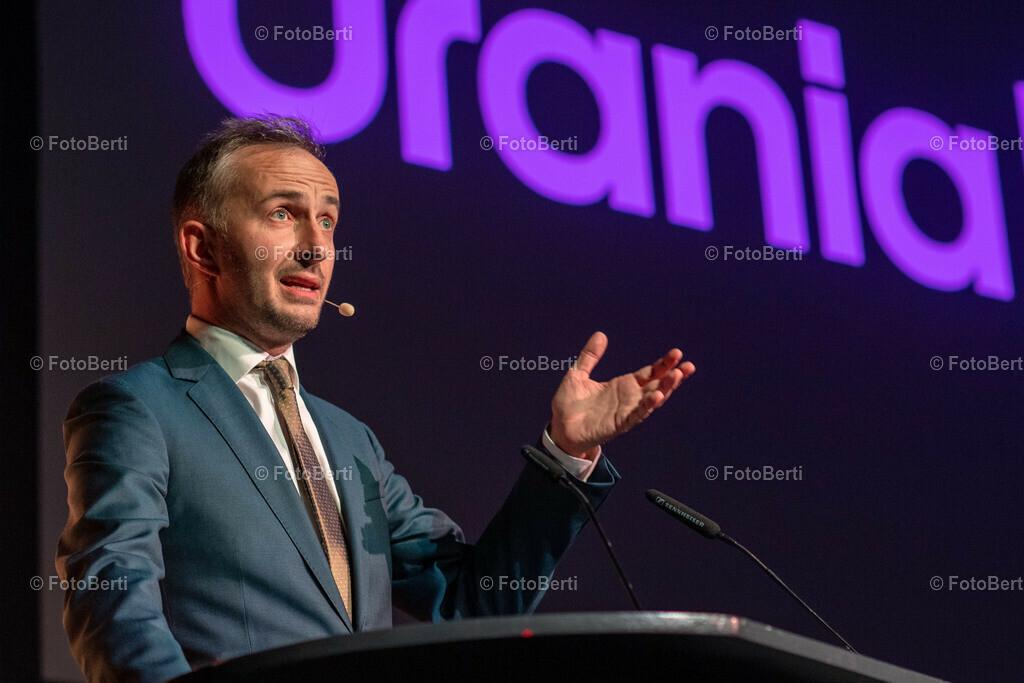 Verleihung der Urania-Medaillie | Laudator Jan Böhmermann