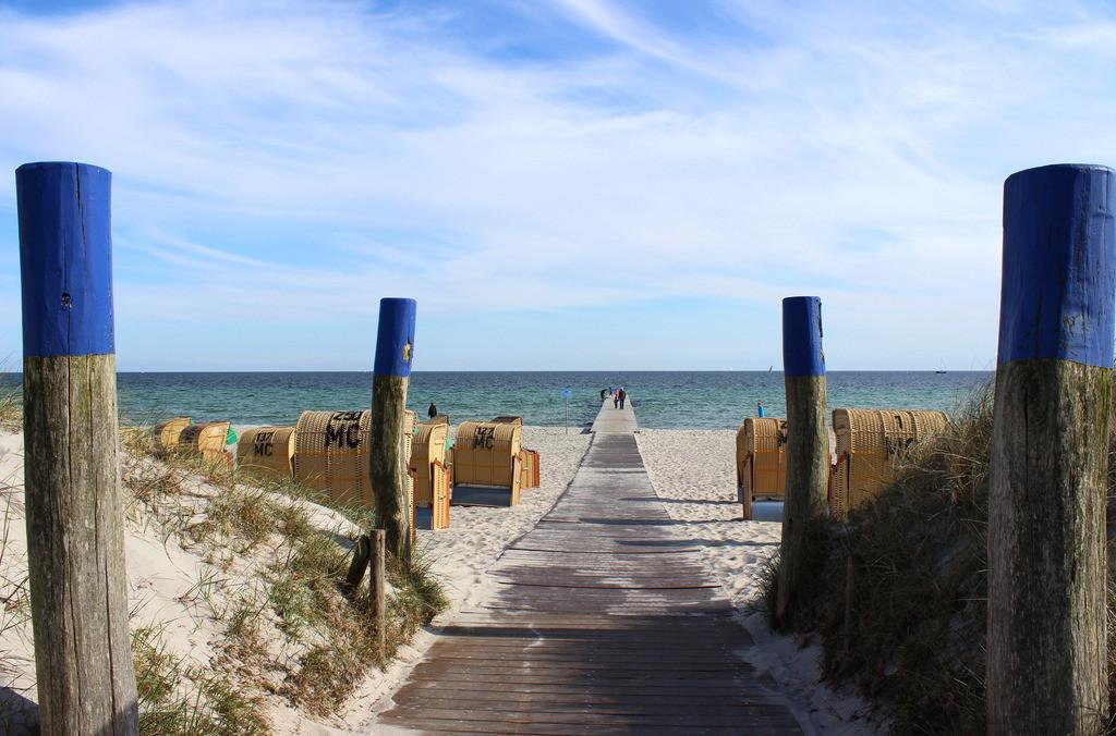 Strandkörbe an der Ostsee   Strandkörbe am Südstrand Burgtiefe auf Fehmarn