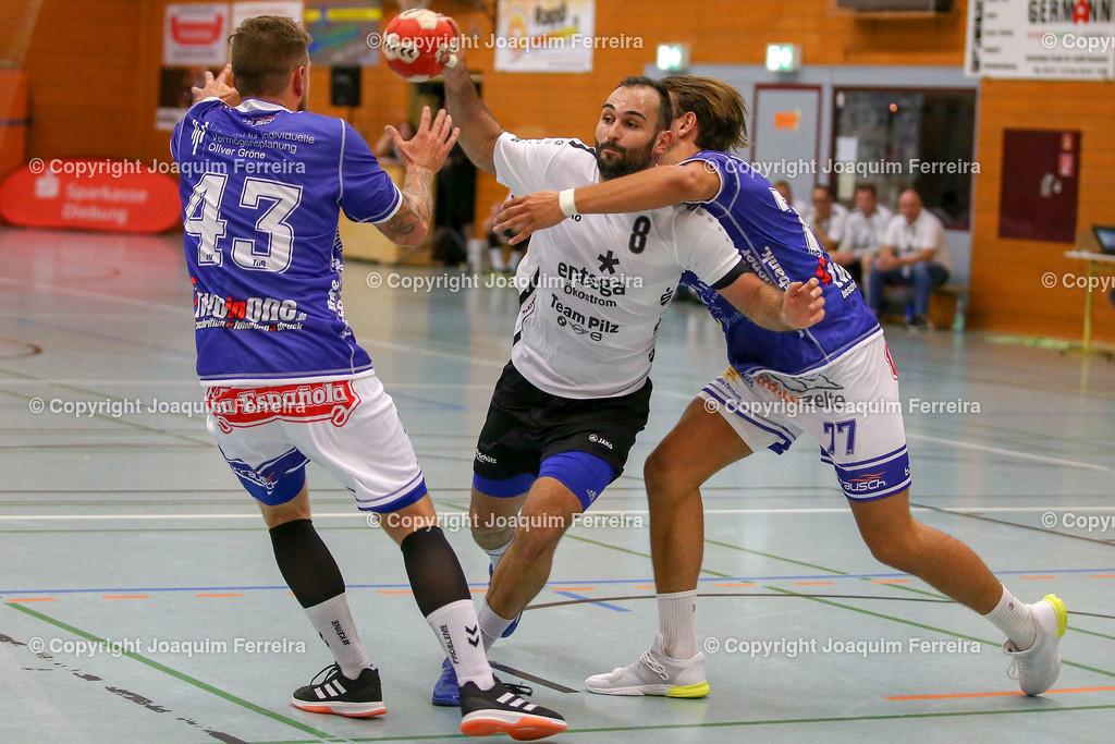 190913_msg_0250 | despor 2019.09.13 HHV Handball Männer Oberliga MSG Umstadt/Habitzheim gegen TuS Dotzheim emspor, emonline, despor,  v.l.,  Stefan Hollnack (MSG Umstadt/Habitzheim), David Asic (MSG Umstadt/Habitzheim),  #77 Max Kaczmarek (TUS Dotzheim), Zweikampf, Action, Aktion, Battles for the Ball Foto: Joaquim Ferreira