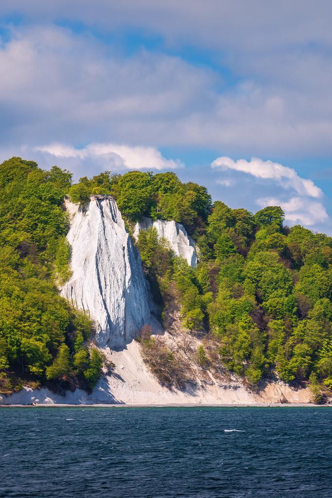 Kreidefelsen an der Ostseeküste auf der Insel Rügen | Kreidefelsen an der Ostseeküste auf der Insel Rügen.