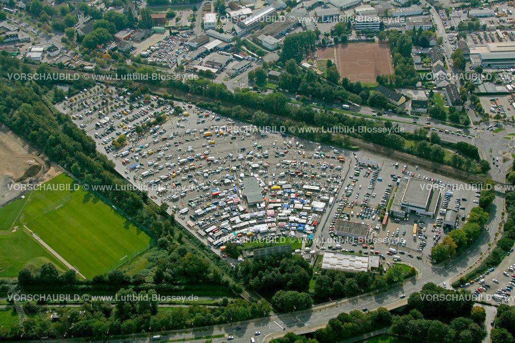 ES10098702 | Automarkt Essen Autokino Essen am Georg-Melches-Stadion,  Essen, Ruhrgebiet, Nordrhein-Westfalen, Germany, Europa