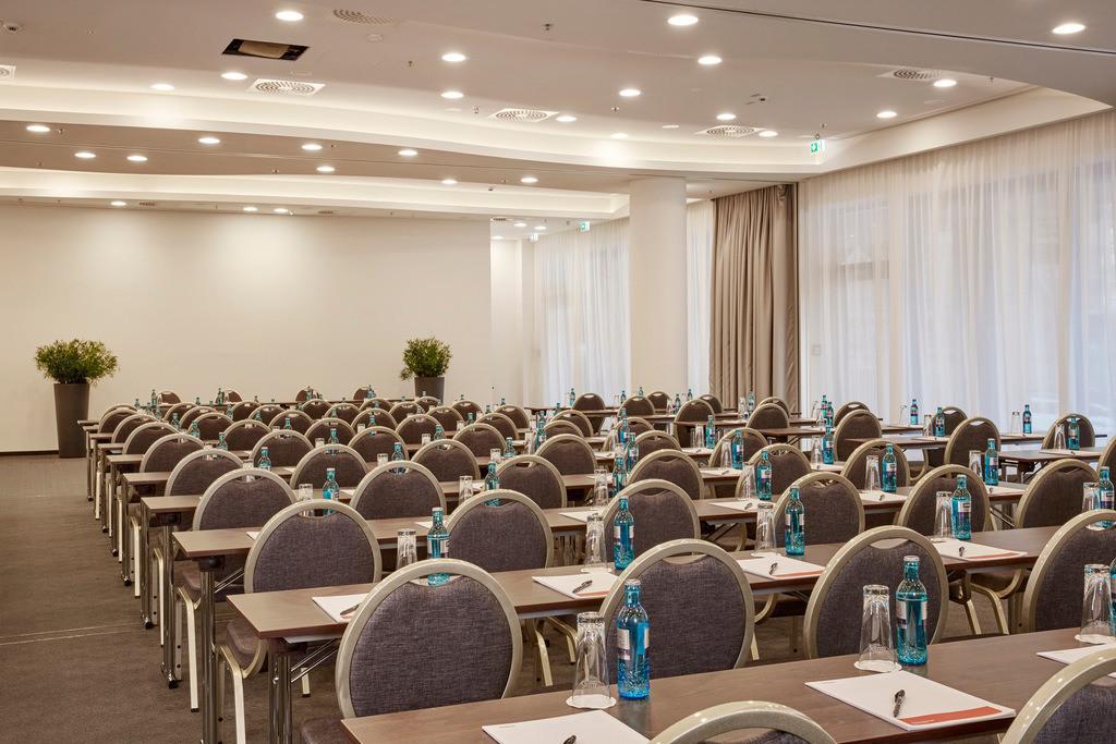 konferenzraum-parlamentarisch-04-hyperion-hotel-hamburg