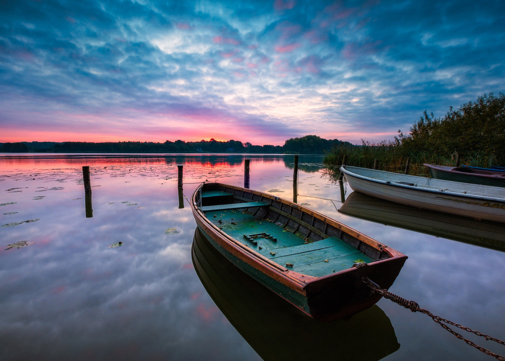 The Old Rowboat | Sonnenaufgang am Bossee.