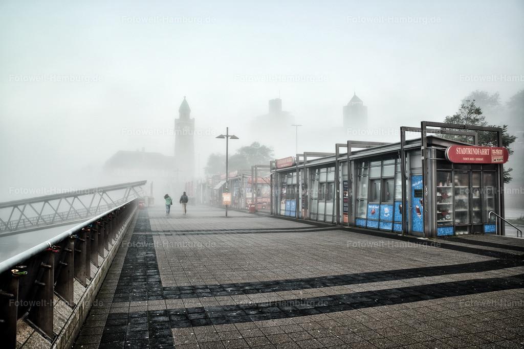 10200204 - Landungsbrücken im Nebel | Eine ganz besondere Stimmung morgens an den Landungsbrücken