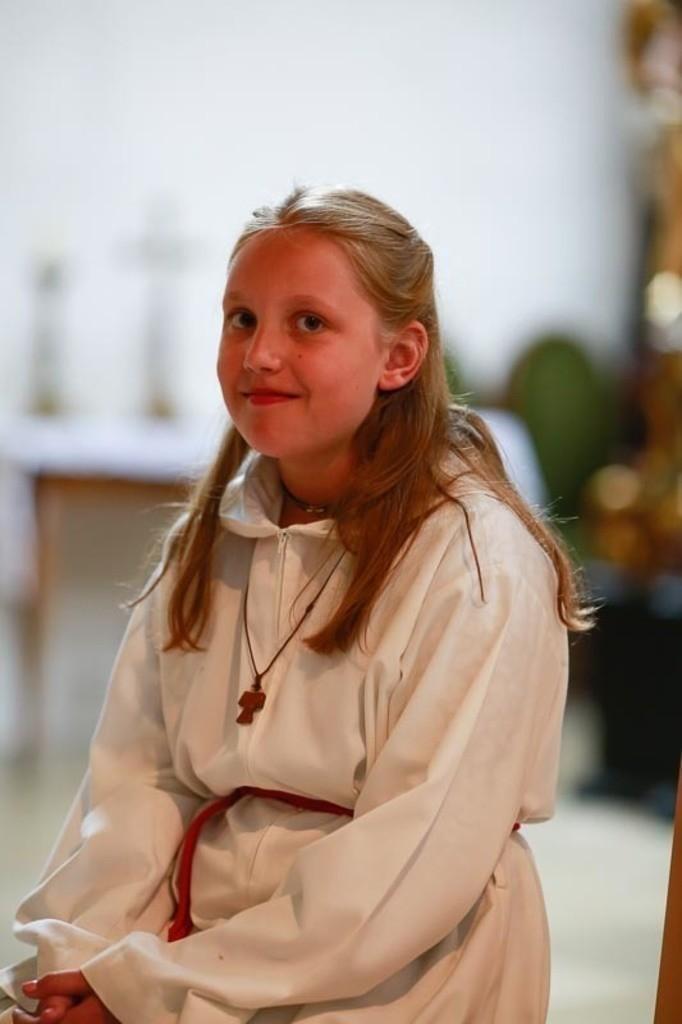 Carina_Florian zu Hause_Kirche WeSt-photographs02147